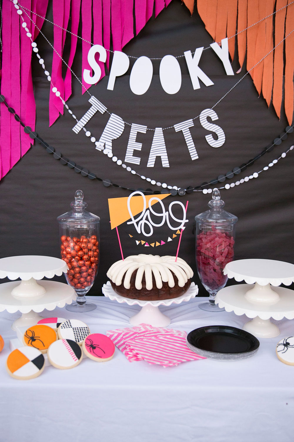 Colorful-Halloween-party-ideas